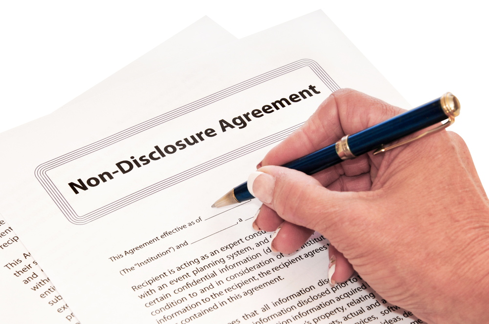 Business Buying  Signing A Non Disclosure Agreement When Buying