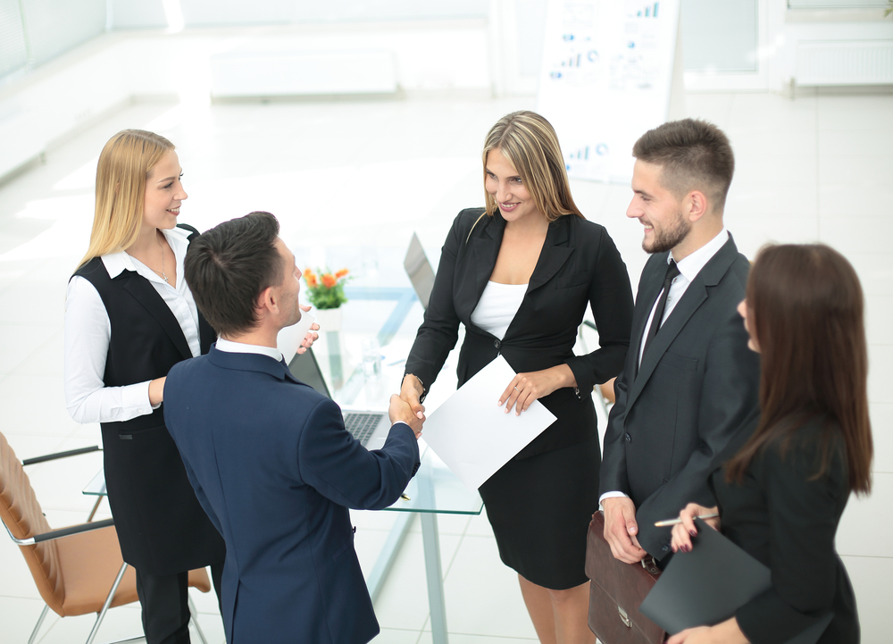 It Is Vital To Meet Key Customers And Suppliers Before The Sale.